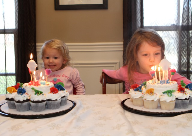 birthdaygirls_closer